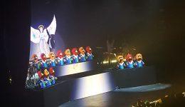 He had a puppet choir...